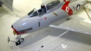 North American FJ-4 Fury - Chodiť