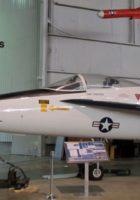 Northrop YF-17 Cobra - Promenade Autour