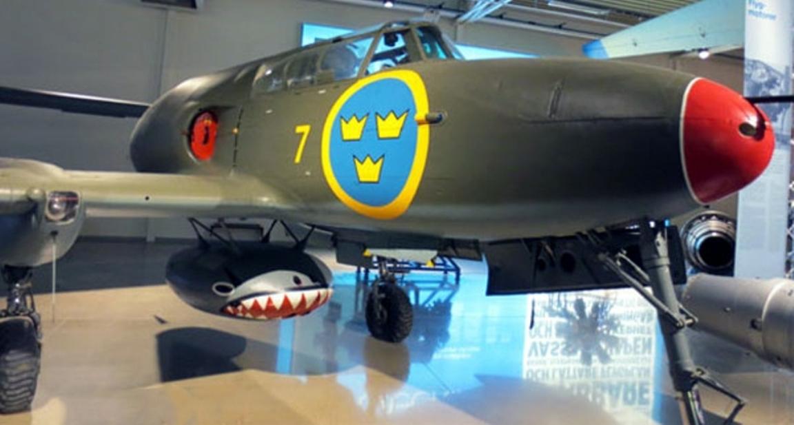 Saab J-21 R