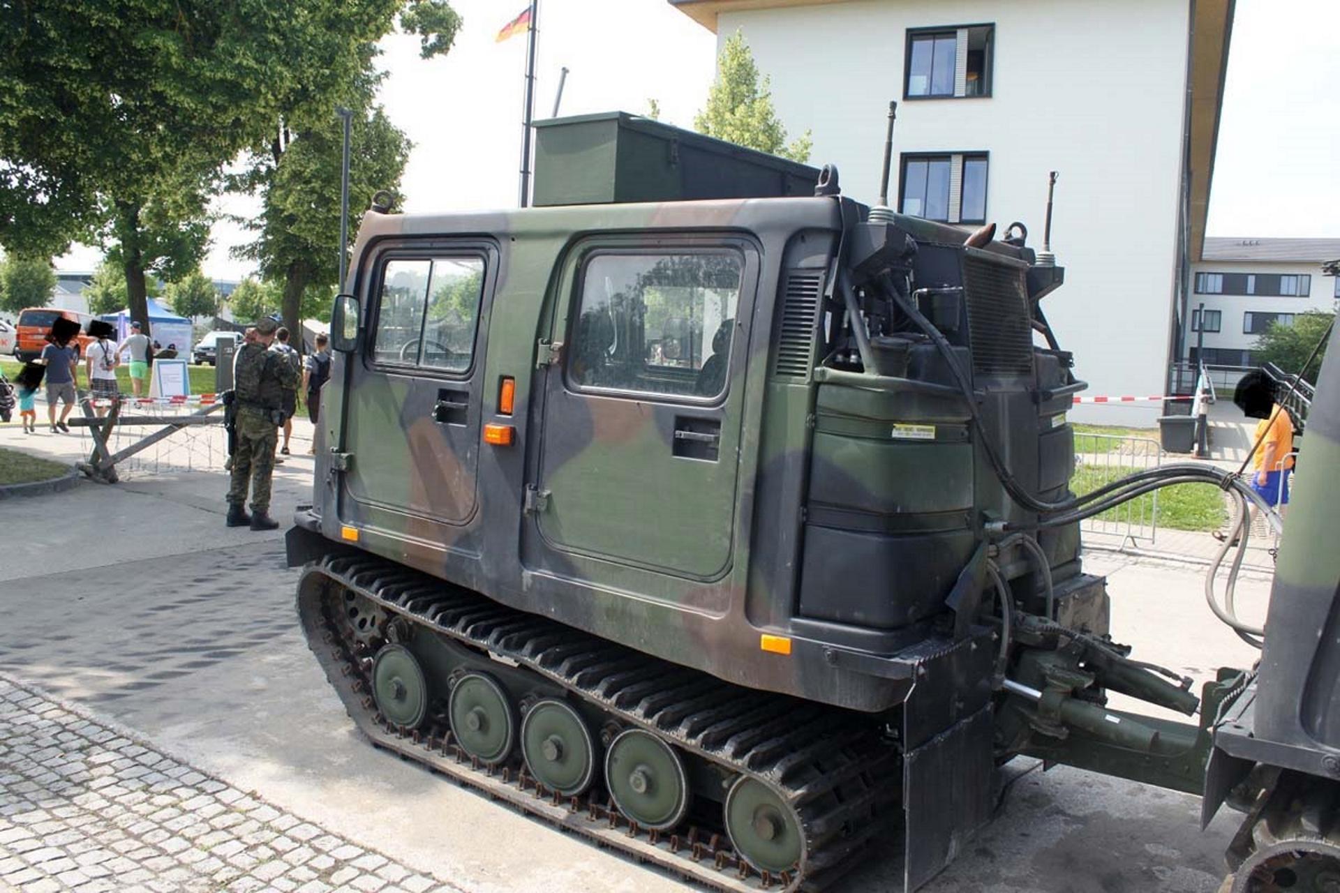 BV-206