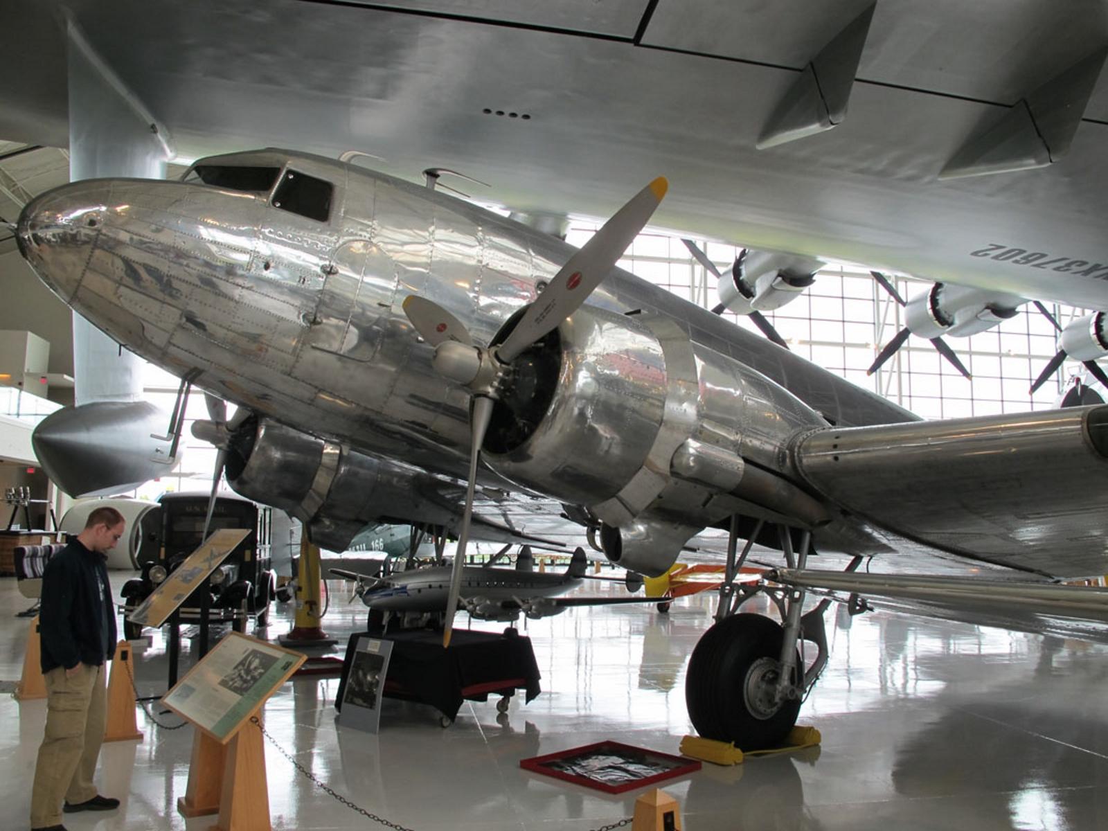 Douglas DC-3А