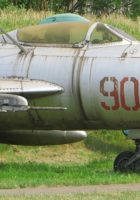 Le Mikoyan-Gurevich MiG-19 - Promenade Autour