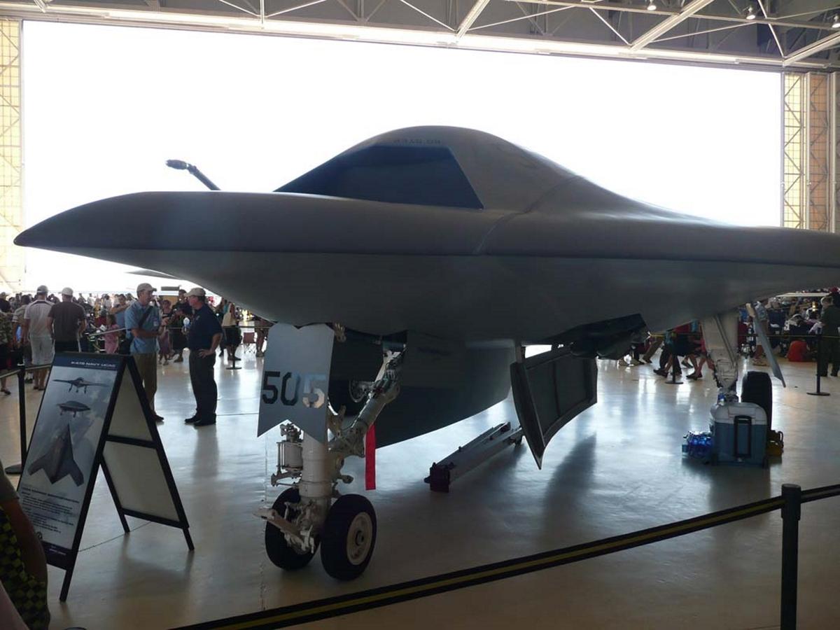 Нортроп Grumman X-47В
