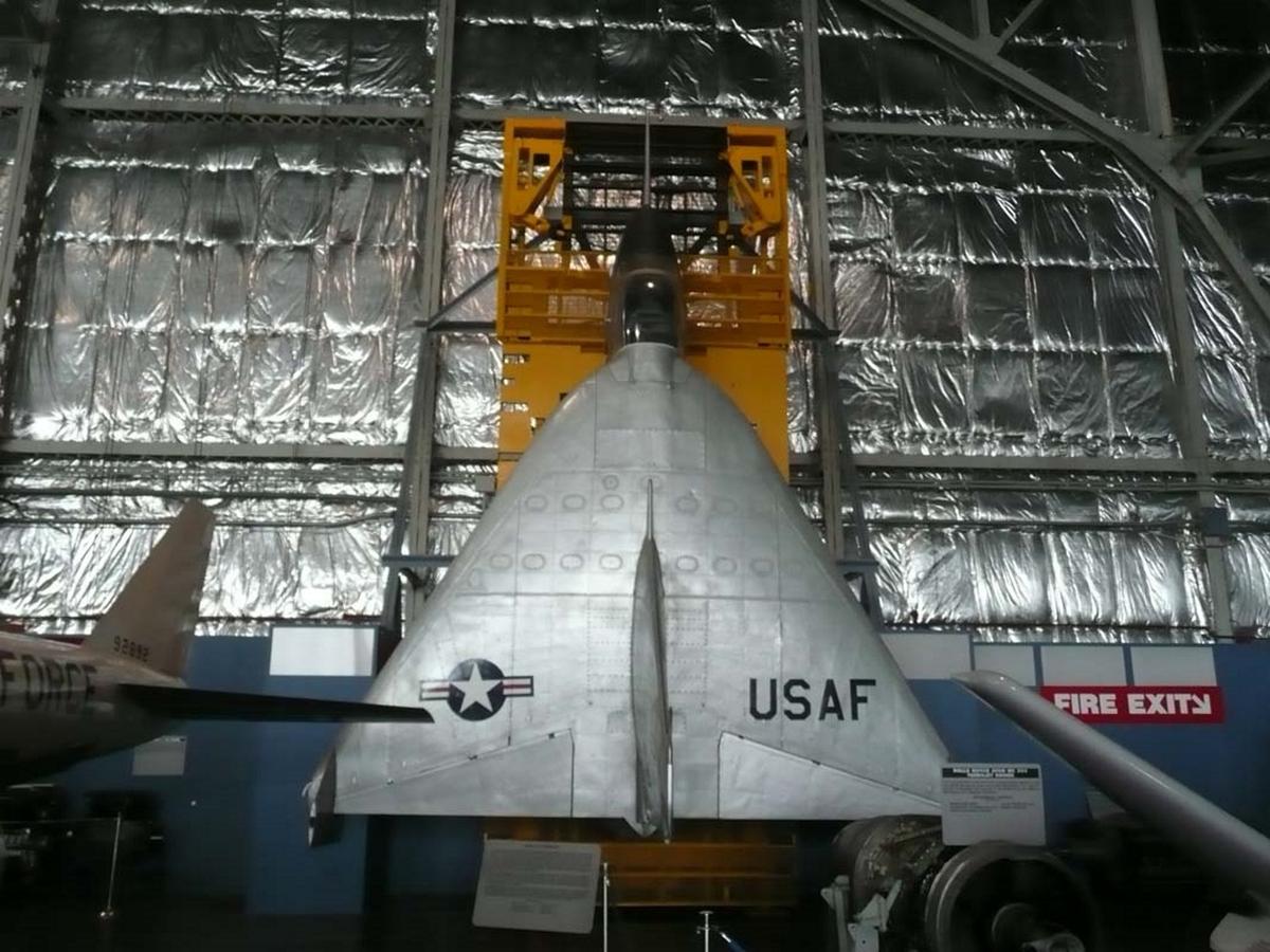 X 13 Vtol: Ryan X-13 Vertijet