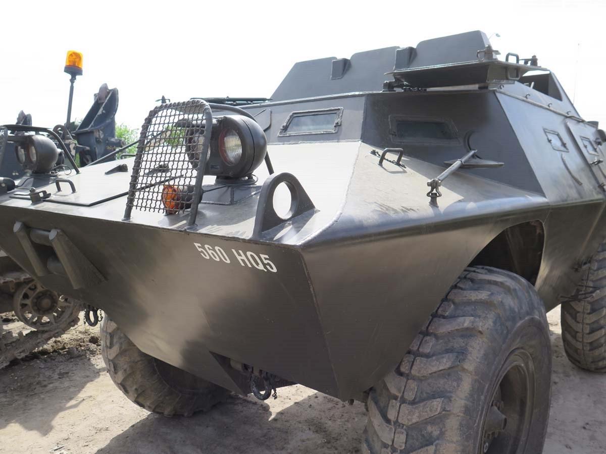 V-100突击队