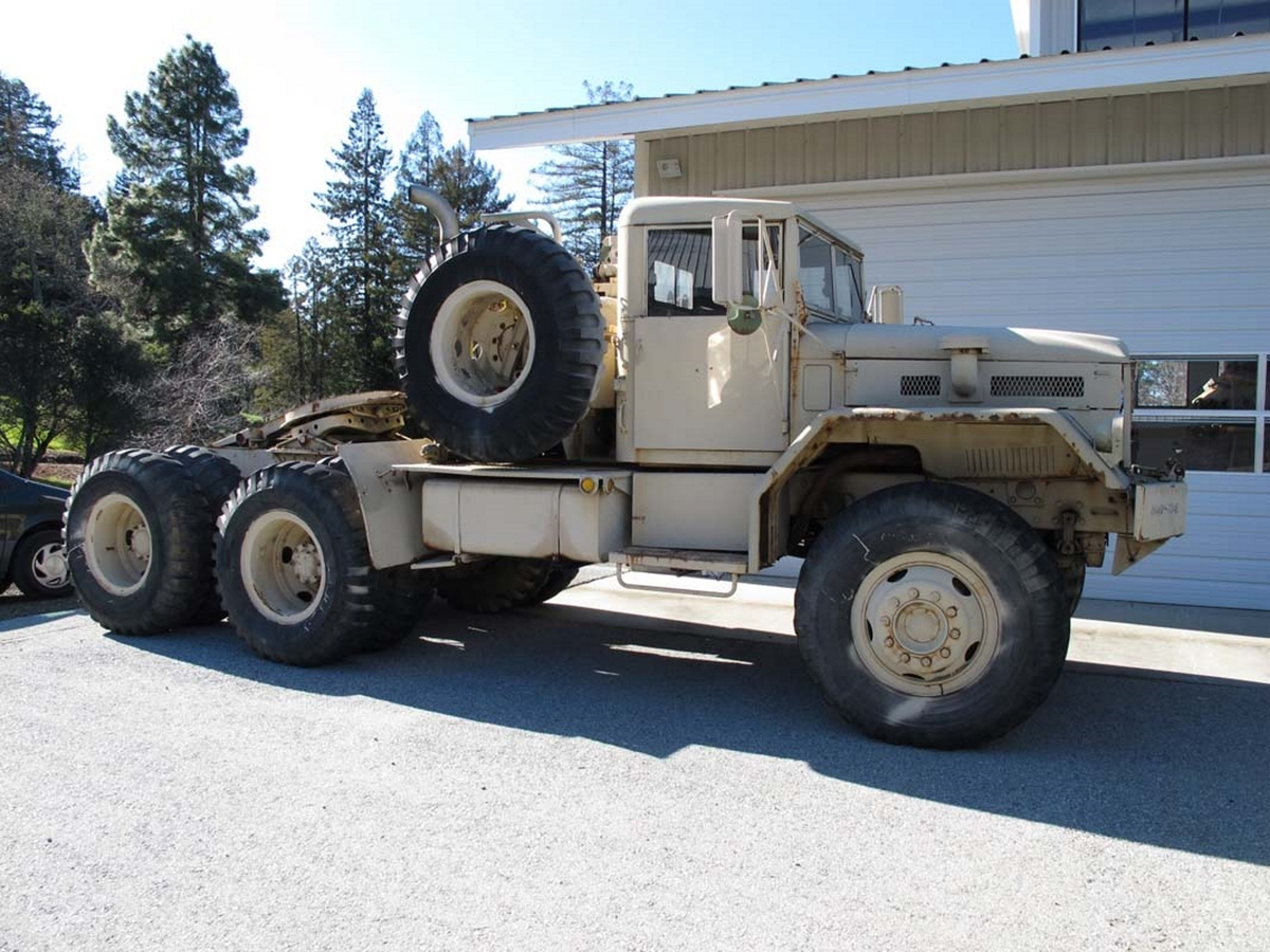 Mack M123 Truck – Walk Around