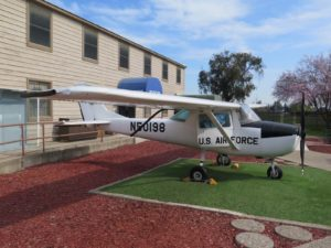 Cessna 150 - Walk Around