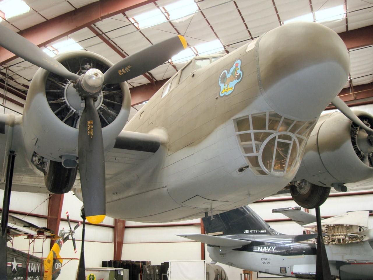 Douglas B-18 Bolo - Interaktív Séta