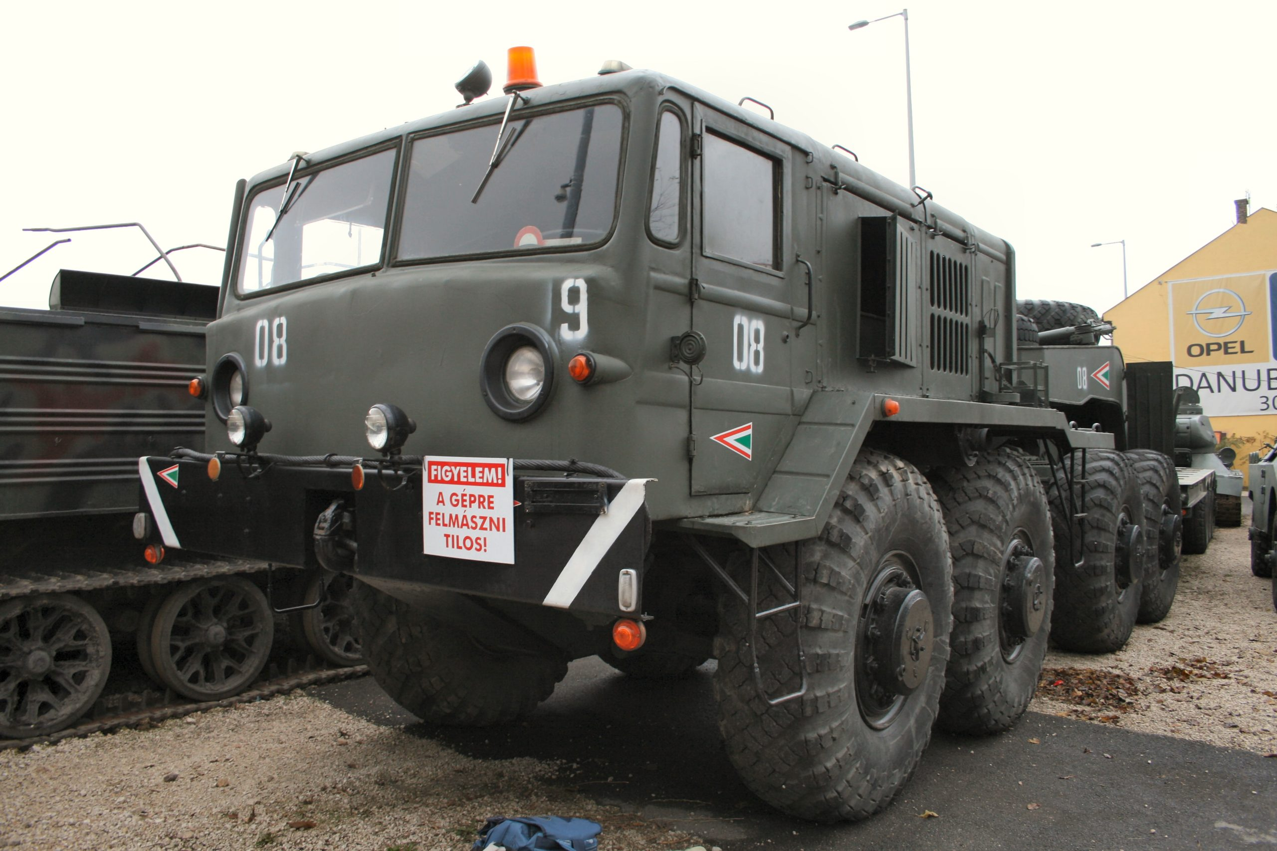 MAZ-537 Heavy Prime Mover