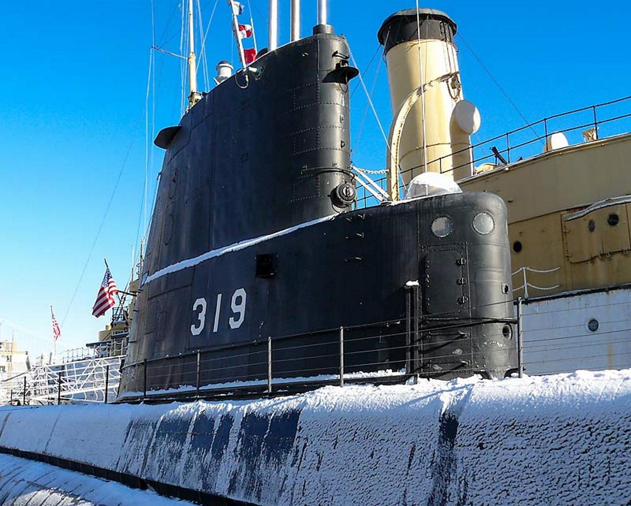 USS Becuna SS-319