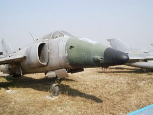 Nanchang Q-5 - Walk Around
