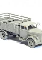Sd.Car.305 German 3t 4×2 Truck - CYBER-HOBBY 6670
