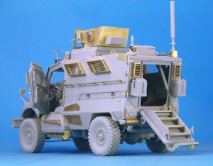 4×4 MRAP Truck Full kit - Legend LF1235