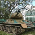 A T-34 85