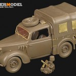 WWII British light utility car 10 – VOYAGER PE35381